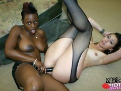 Attractive black lesbian babes make love